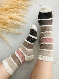 Colour Pallette, Palette, Mittens Pattern, Finger Weights, Stockinette, Sock Yarn, Knitting Socks, Knitting Patterns, Knitting Ideas