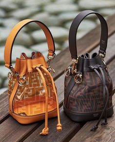 Twinning is winning, as Fendi knows. Popular Handbags, Cute Handbags, Cheap Handbags, Purses And Handbags, Leather Handbags, Fendi Purses, Hobo Handbags, Spring Handbags, Fabric Handbags