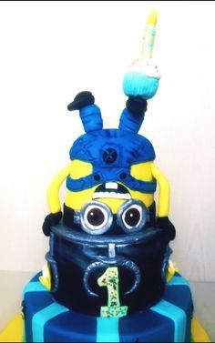 Minion cake , Dave cake umutbutikpasta