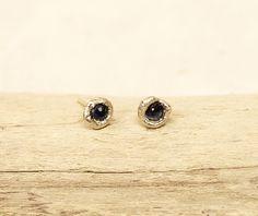 Baby sunken blue sapphire earrings #sapphireearrings #tamaragomezjewellery