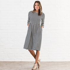 Mariam Mid Pleat Dress | S-2XL | Jane