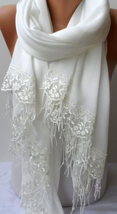Soft Cotton Wedding Bridesmaid shawl in Light Cream with Cream French Lace Skin-friendly Dainty Off white Pashmina Women wraps Lightweight