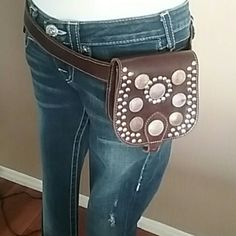 Hip Pouch Brown leather from planet blue planet blue  Bags Satchels