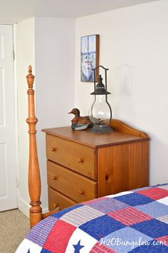 Rustic Americana Decor Bedroom * Learn more by visiting the image link. #traditionalhomedecor