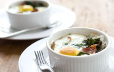 Okay, so I've never tried eggs, grits and collard greens together... but this recipe for Southern-Style Baked Eggs could probably persuade me to try it :)