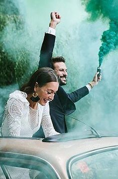 Creative Wedding Photo Ideas And Poses ❤ See more: http://www.weddingforward.com/creative-wedding-photo-ideas-poses/ #weddingforward #bride #bridal #wedding