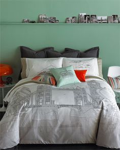 "Blissliving Home ""London Skyline"" Duvet Set $139.90"