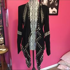 Aztec black and white cardigan Unique hem, cute for any outfit, Sweaters Cardigans
