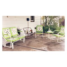 Vintage reproduction patio set- lime green via Nifty Fifty Vintage Instagram