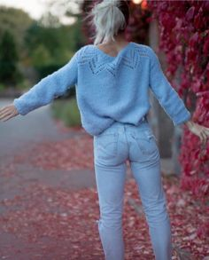 Tiril Genser - Sandnes Garn Fashion Fashion, Candid, Knit Crochet, Diys, Pullover, Knitting, My Style, Sweaters, Outfits