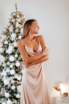 Beige Bridesmaids, Silk Bridesmaid Dresses, Beige Maxi Dresses, Pink Silk Dress, Dress Prom, Dress Long, Custom Dresses, Dress Backs, Evening Dresses