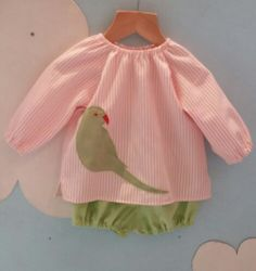 A cotton gingham hand-made top with suedette applique Parakeet detail. Parakeet, Cotton Blouses, Gingham, Random Stuff, Summer Dresses, Children, Spring, Handmade, Etsy