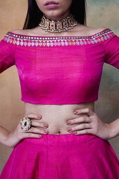 Saree Blouse Neck Designs, Fancy Blouse Designs, Indian Fashion Dresses, Indian Designer Outfits, Lehenga Blouse, Lehenga Suit, Afghani Clothes, Hand Work Blouse Design, Designer Blouse Patterns