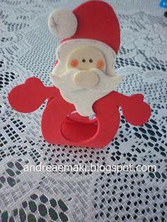 porta-bombom Kids Crafts, Foam Crafts, Diy And Crafts, Arts And Crafts, Paper Crafts, Santa Christmas, Christmas Crafts, Christmas Ornaments, Pot A Crayon