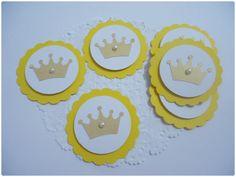 Tag feita em papel color plus com papel metalizado, em duas camadas, com detalhe em meia pérola. <br>Perfeita para encantar e valorizar sua festa.