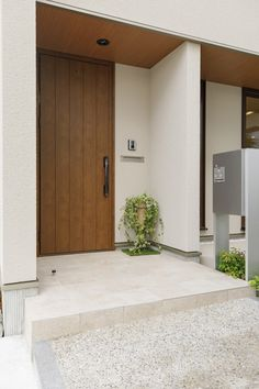 Entrance Design, House Entrance, Fence Design, Door Design, Exterior Design, Japanese Modern House, Japanese Home Design, Home Room Design, Home Interior Design