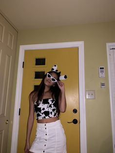 Friend Costumes, Cat Costumes, Costumes For Women, Cool Couple Halloween Costumes, Halloween Outfits, Halloween 2019, Cow Outfits, Cute Cows, Doja Cat
