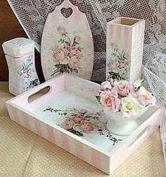 Ideas Shabby Chic Art Painting Decoupage For 2019 Shabby Chic Pillows, Shabby Chic Crafts, Shabby Chic Interiors, Shabby Chic Homes, Shabby Chic Furniture, Shabby Chic Decor, Chic Bedding, Shabby Chic Napkins, Furniture Nyc
