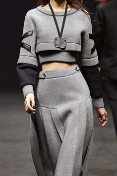 Sport Chic Runway Fashion Details Ideas For 2019 Sport Chic, Sporty Chic Style, Sport Style, Casual Chic, Sport Fashion, High Fashion, Fashion Outfits, Womens Fashion, Sporty Outfits