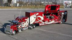 Awesome Peterbilt truck. Built from scratch in scale 1:4!