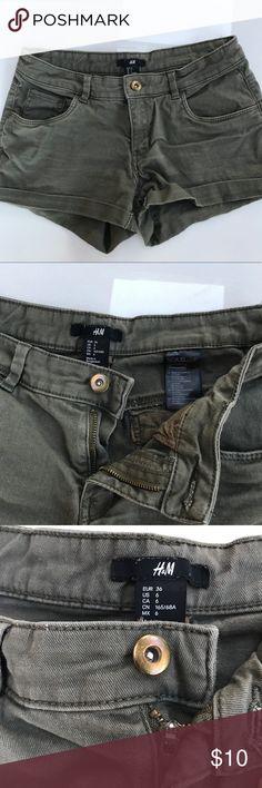Olive green H&M Denim Shorts Olive green H&M Denim Shorts size 6 H&M Shorts Jean Shorts