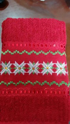 Swedish Embroidery, Hardanger Embroidery, Cross Stitch Embroidery, Christmas Sewing, Christmas Embroidery, Swedish Weaving Patterns, Bargello Patterns, Embroidered Towels, Stitch Patterns
