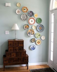 I always find myself  attracted to plates - now I know what I can do with them!