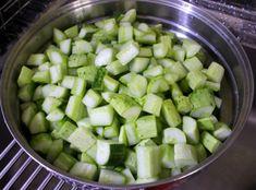 시어머님께 배운 한 입에 쏙쏙 오이 깍두기 무르지 않도록 맛있게 담그는 방법 K Food, Korean Food, Cucumber, Zucchini, Vegetables, Cooking, Kitchen, Korean Cuisine, Vegetable Recipes