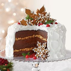 chocolate gingerbread toffee cake for winter / Christmas