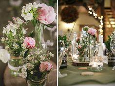 #Rustikale #Hochzeitsdekoration mit #Pfingstrosen • Rustic wedding decoration with peonies
