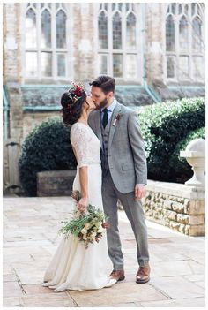 style, bride & groom, photos, inspiration, christmas wedding winter wedding / Scarritt Bennett / Urban wedding / traditional wedding / boho / Sarah Sidwell Photography / Nashville, Franklin, Brentwood, Tennessee Photographer