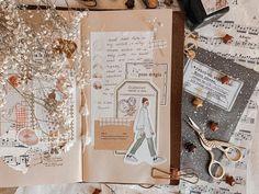 Bullet Journal Notes, Bullet Journal Aesthetic, Bullet Journal Spread, Notes Design, Travelers Notebook, Asmr, Art Journals, Journal Inspiration, Spreads