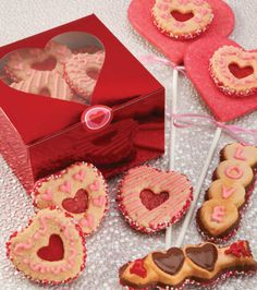 Heartfelt #cookies :) #Valentine's Day @Wilton Cake Decorating
