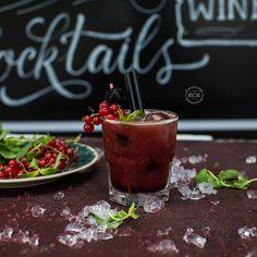 Crimson Sails cocktail. #bisquecafe #beatgroup #baku #azerbaijan #crimsonsails #alcoholiccocktails #cocktails #drinks