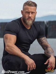Viking Beard Tips and Styles (Part 1 of 2 Wikinger Bart Tipps und Styles (Teil 1 von Source by . Beard And Mustache Styles, Beard Styles For Men, Beard No Mustache, Hair And Beard Styles, Viking Beard Styles, Faded Beard Styles, Hair Styles, Beard Growth Tips, Beard Tips