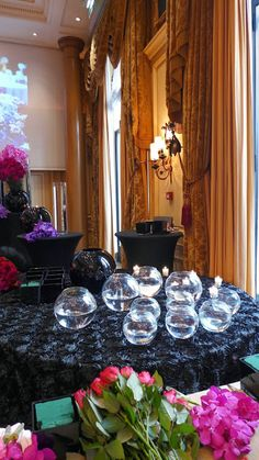 The Parisian life in pictures : a class with the rock star of flowers Jeff Leatham at the Four Seasons Hotel George V   The Parisian Eye