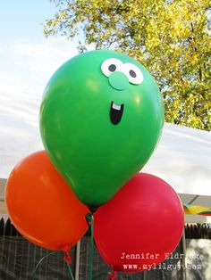 DIY- Veggie Tale Balloons! Plain balloons. Print off faces. Glue/Tape them on. SO easy. SO cute!