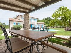 Villa Dea Rovinj mit Pool ***** Radetići Outdoor Furniture, Outdoor Decor, Home Decor, Vacation Places, Vacation Travel, Villas, Destinations, Decoration Home, Room Decor