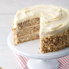 Above all other holidays, Christmas calls for a sideboard full of Southern cakes. We present our list of the top 10 Southern Christmas cakes.