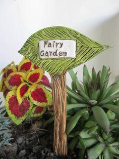 Miniature Fairy Garden Leaf Sign Indoor Outdoor Resin #Unbranded