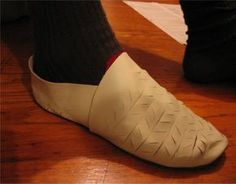 How to make your own historically correct renaissance shoes