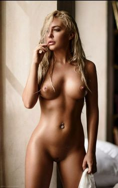 Hotties naked pics
