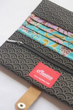 Wallet made from Japanese fabric by MESIMU on Etsy