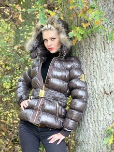 Moncler Jacket Women, Puffy Jacket, Down Coat, Winter Outfits, Jackets For Women, Winter Jackets, Female, Womens Fashion, Jackets