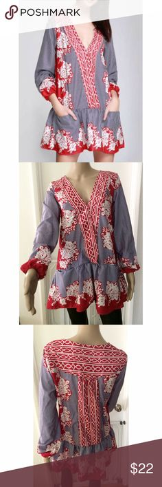 """NWOT Gorgeous Roses Floral Striped Boho Dress New without tag is this cute floral print boho dress in size small. If you are taller than 5'4"""" this is best as a tunic on you. V neckline, not lined, pockets in front. Measure about 28"""" length, 22"""" sleeves. 19"""" pit to pit. Run over sized style so might fit a medium. A little flaw on the left side underneath the breast area. Price reflect the flaw. Not noticeable with the busy print. ❌No trades or modeling. Open to reasonable offers. Thank you‼️…"""