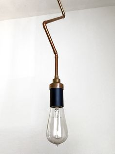 Plug-in Pendant Light - Industrial Lighting - Geometric Copper - Zig Zag Hanging Edison Lamp Chandelier  Instagram: assemblage_fixtures Web: https://memille7.wixsite.com/assemblage