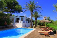 Es Grau villa rental - Villa, pool and pool deck: Welcome!