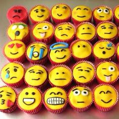 cupcakes and emoji image Cupcake Emoji, Emoji Cake, Cupcake Wars, Cupcake Cookies, Party Emoji, Birthday Treats, Birthday Parties, Cute Cupcakes, Fondant Cupcakes
