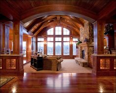 Love the ceiling and pillars