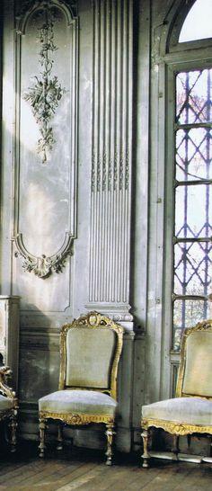 "A worn ""Grande Dame"" of a ballroom in Paris…  Vogue Living Australia May June '09"